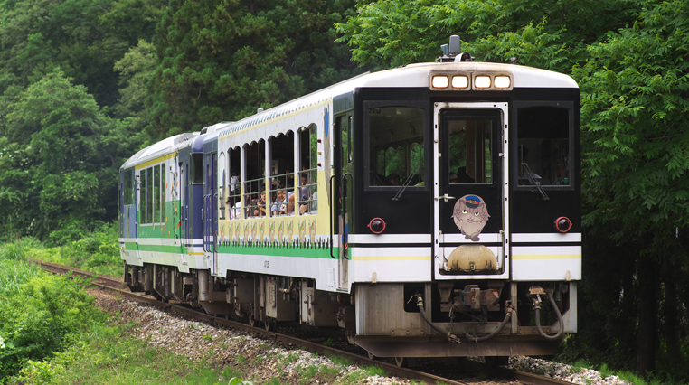 夏2 トロッコ列車